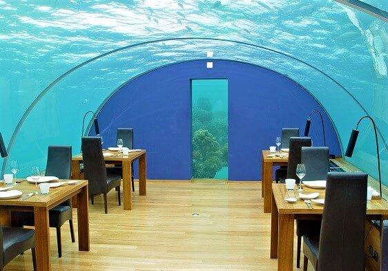 Malediwy - podwodna restauracja