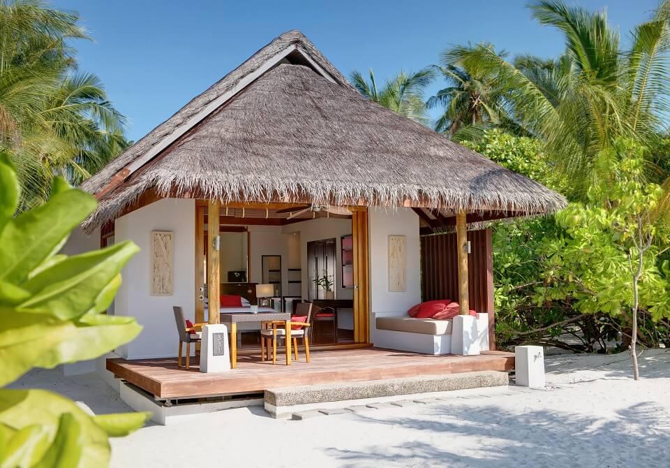 Malediwy - hotel Lux South Ari Atoll, Beach_Pool_Villa