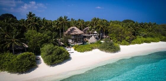 Malediwy - hotel Soneva Fushi widok z lotu ptaka