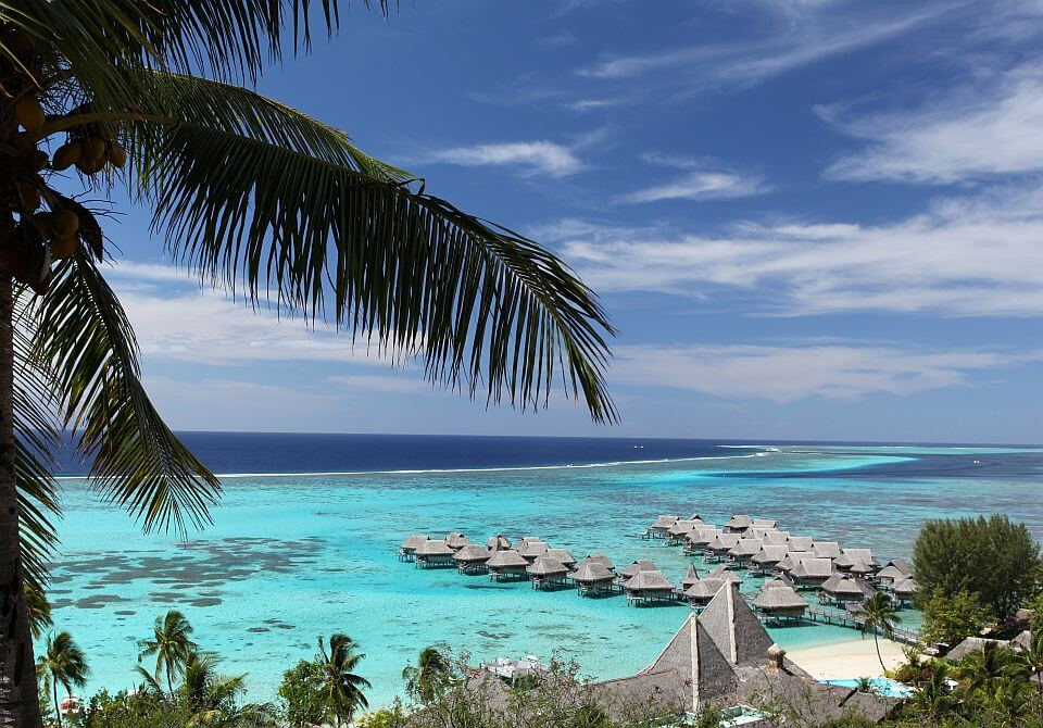 Polinezja Francuska, wyspa Moorea - Sofitel Moorea Ia Ora widok z lotu