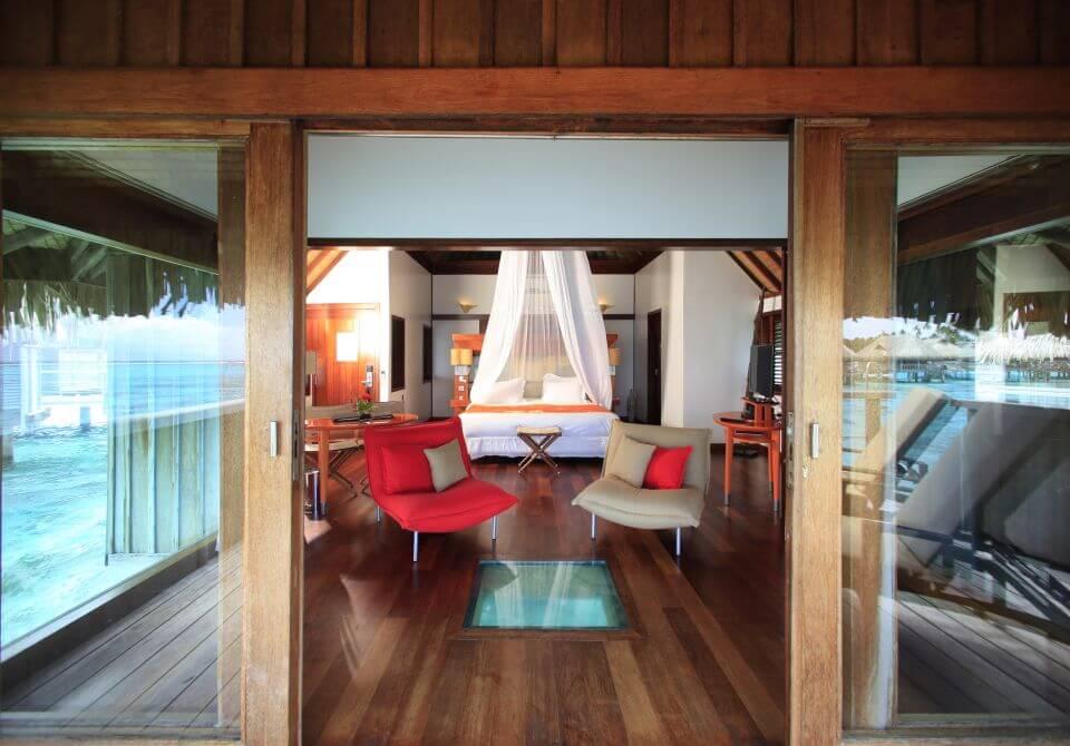 Polinezja Francuska, wyspa Moorea - Sofitel Moorea Ia Ora luksusowy bungalow na wodzie