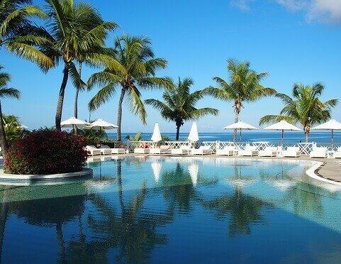 Basen w hotelu na Mauritiusie